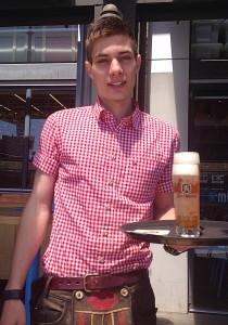 Munich Brauhaus server