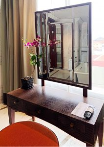 Where to stay in Siem Reap Park Hyatt dressing table