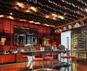 Where to stay in Siem Reap Park Hyatt bar