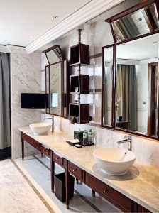 Where to stay in Siem Reap Park Hyatt bathroom view