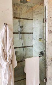 Where to stay in Siem Reap Park Hyatt shower